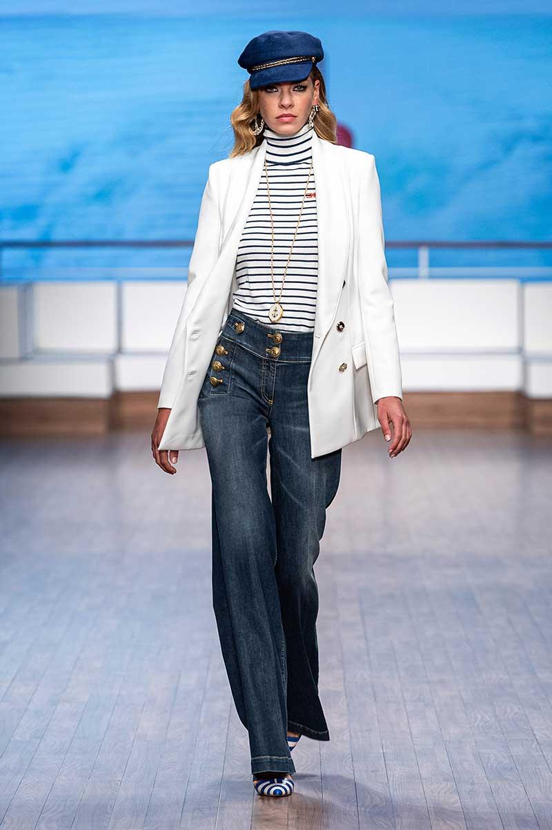 Modetrends lente zomer 2020. Marine look