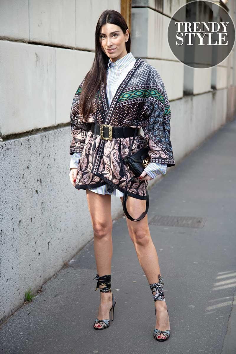 Streetstyle mode zomer 2020. Streepblouse als jurk