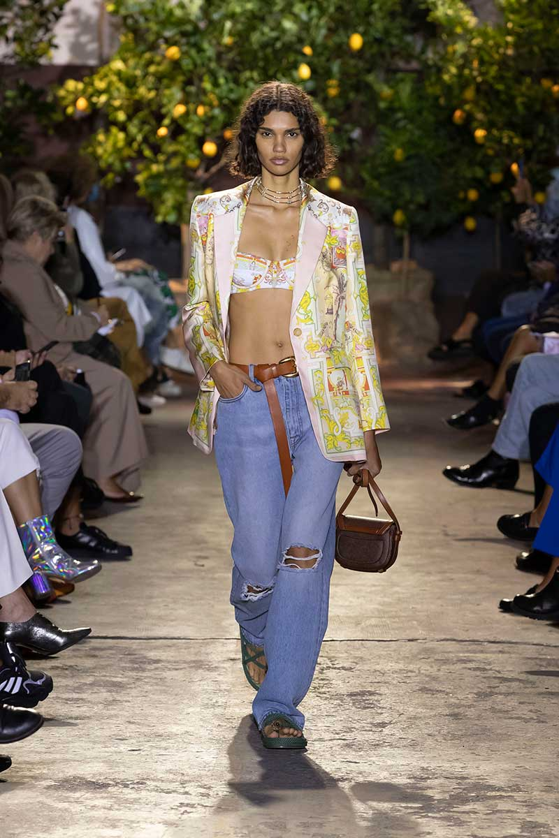 Modetrends lente zomer 2021. Absolute must-have: de blazer