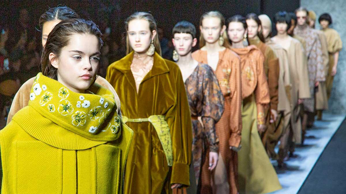 Modetrends winter 2020 2021. Dit worden de allernieuwste modekleuren