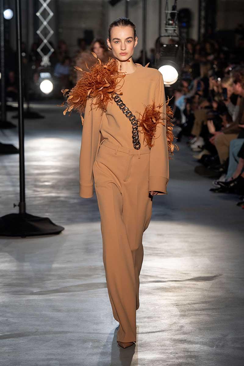 Modetrends winter 2020 2021. Deze nieuwe modetrends zijn ideaal voor jouw figuur