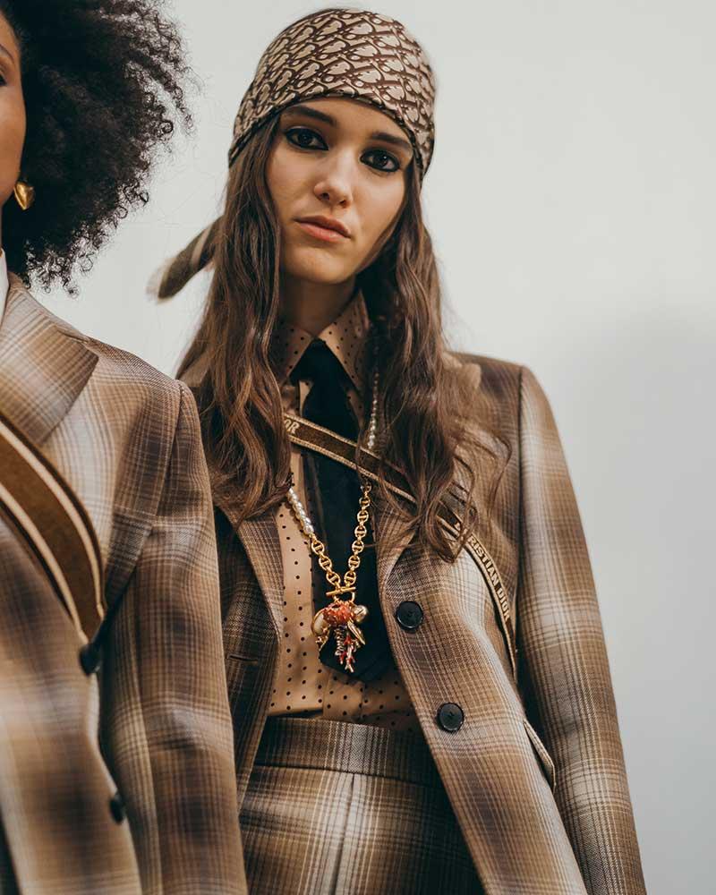 Mode accessoires herfst winter 2020 2021. Bandana's zijn hot