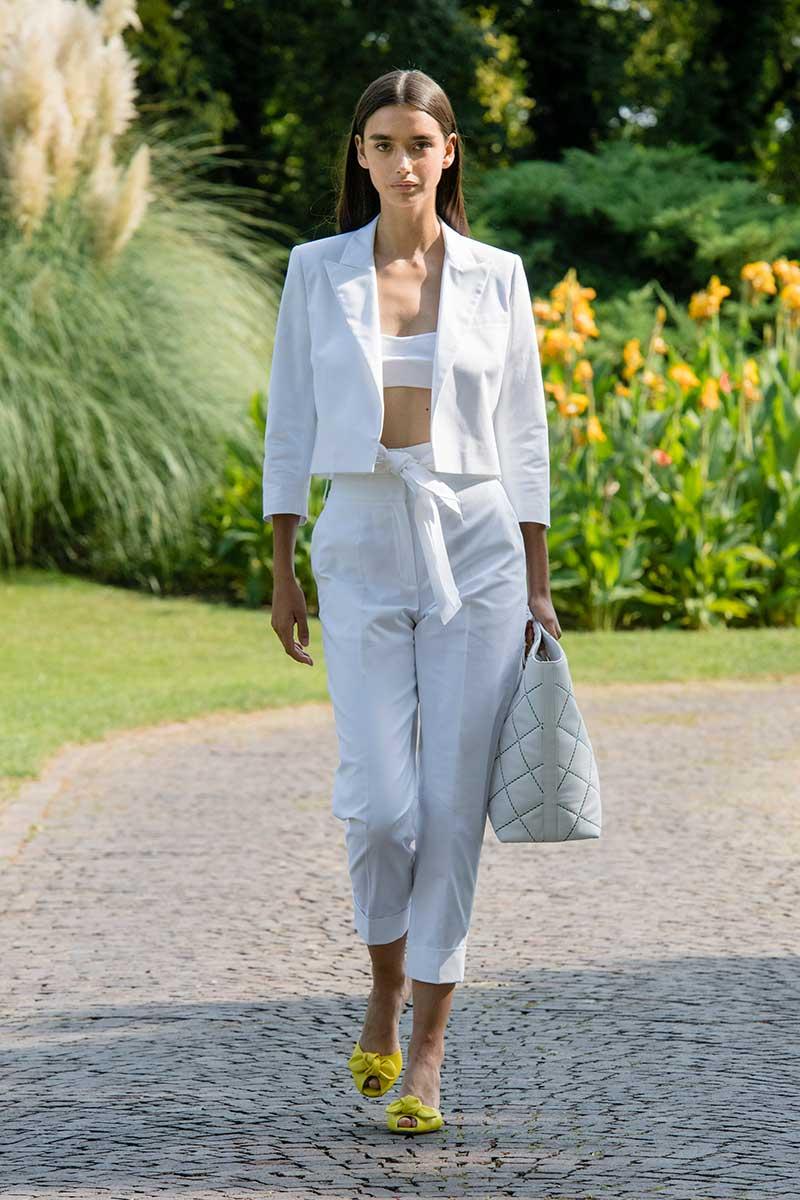 Modetrends lente zomer 2021. Beha's en topjes