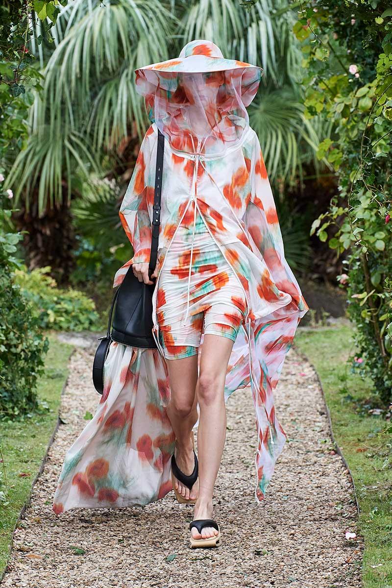 Modetrends lente zomer 2021. Modeshow: Kenzo