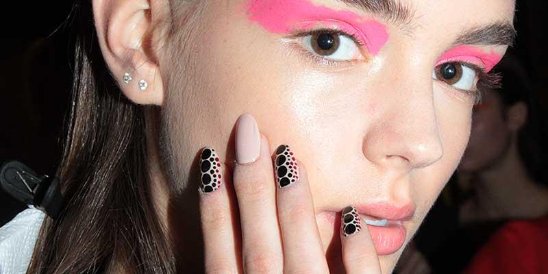 Nagel Trends Zomer 2018. Nagellak Kleuren En Nail Art Trends - TRENDYSTYLE