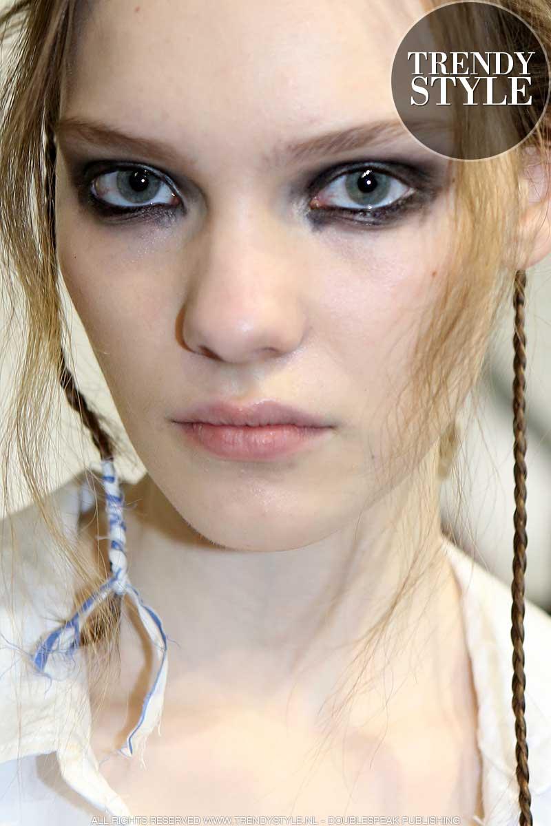 Super make-up trend voor herfst winter 2020 2021: eyeliner