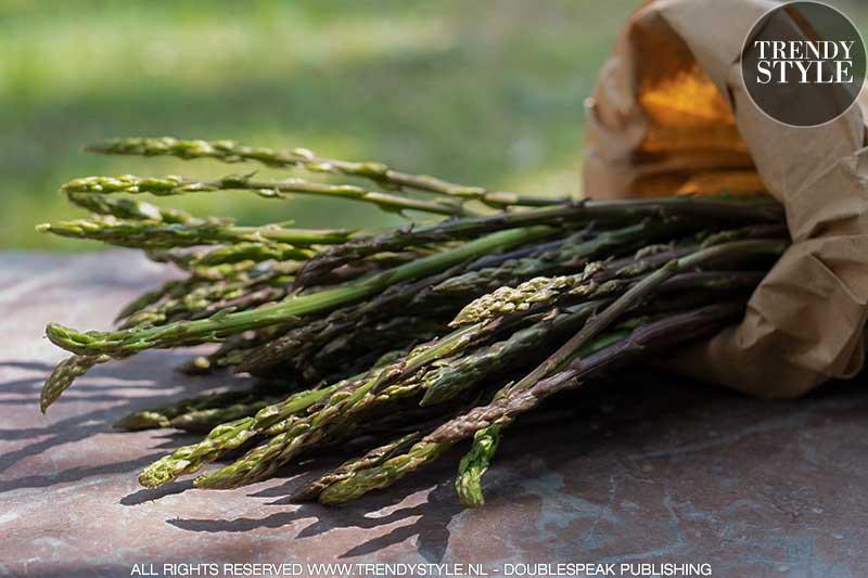Wilde asperges. Foto: Charlotte Mesman