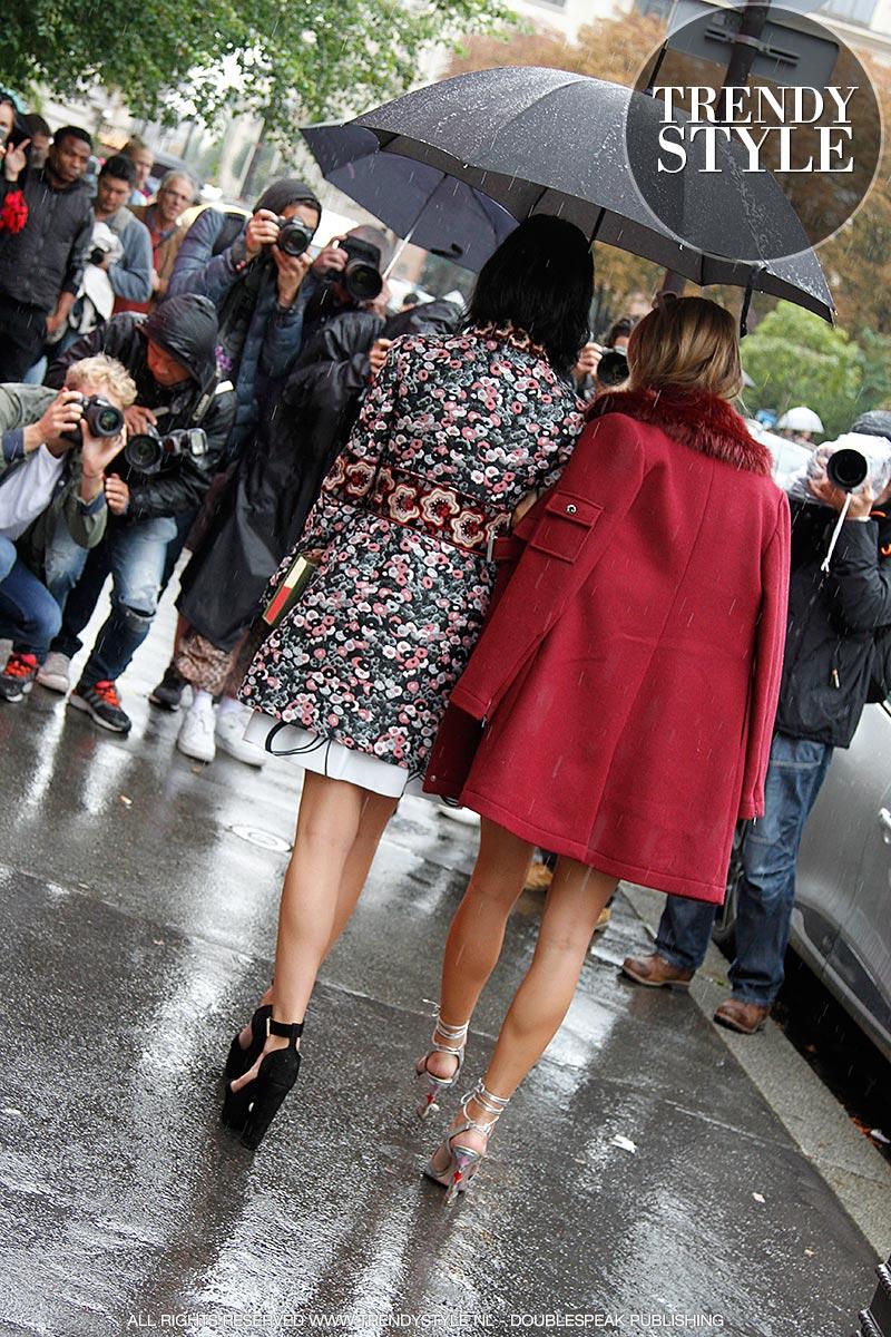 paris-fashion-week-zomer-2016-regen-05