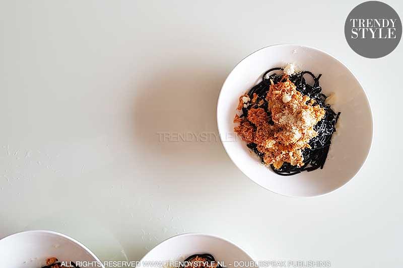 Inktvisspaghetti met krabtomatensaus