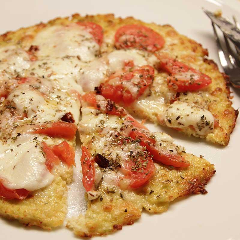 Pizza met krokante bloemkoolbodem