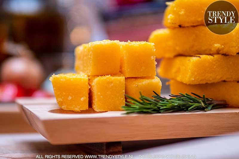 Eten & lijnen. Zijn polentablokjes de nieuwe kaasblokjes? Lekker en caloriearm