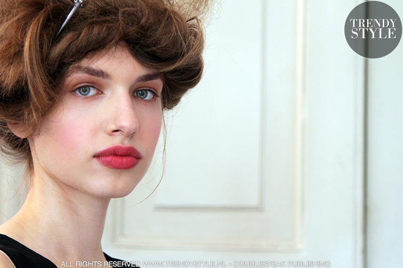Make-up trends lente zomer 2019. Rode lippenstift