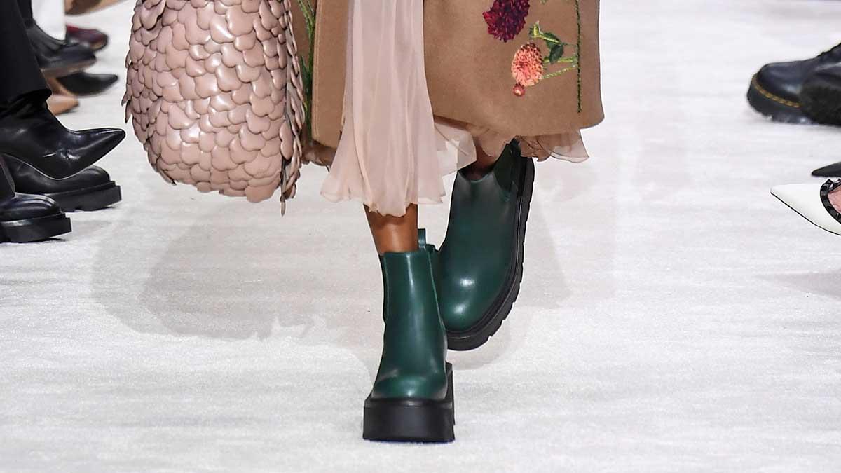 Schoenentrends herfst winter 2020 2021. Lompe Chelsea boots