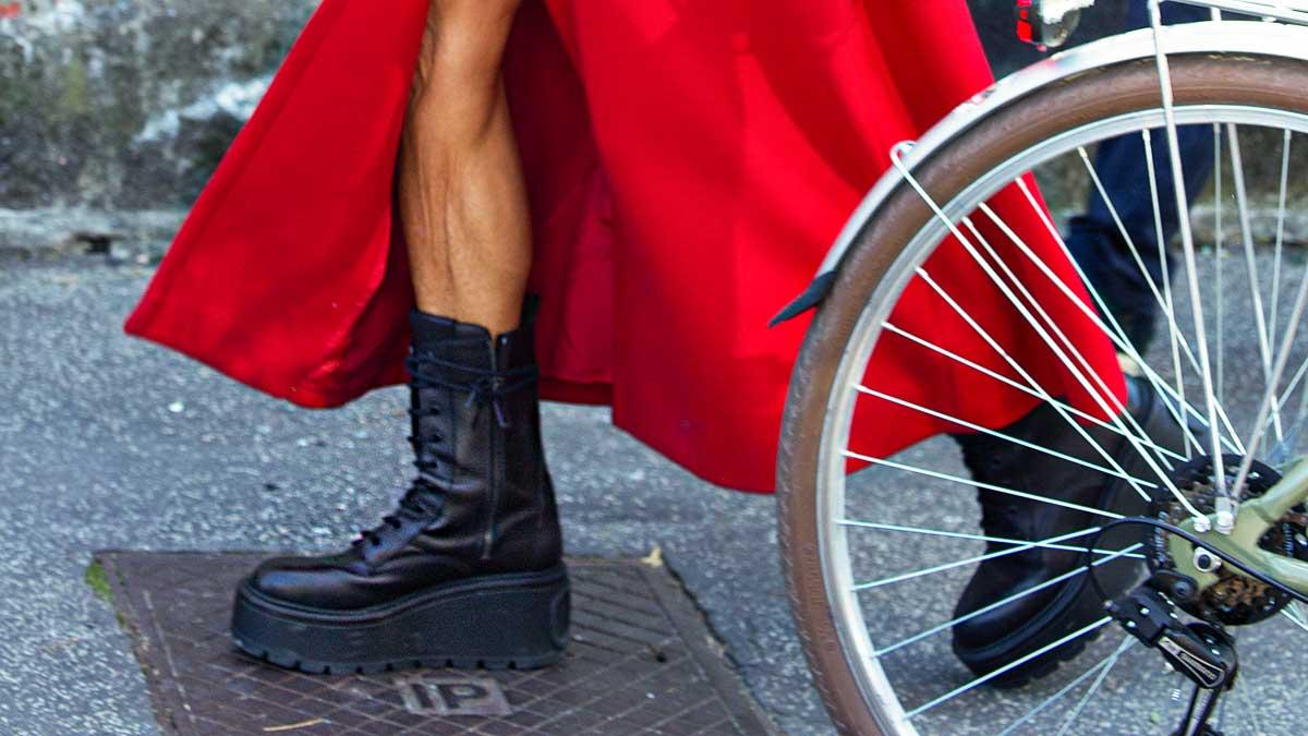 Schoenentrends winter 2020. Laarzen met maxi zolen