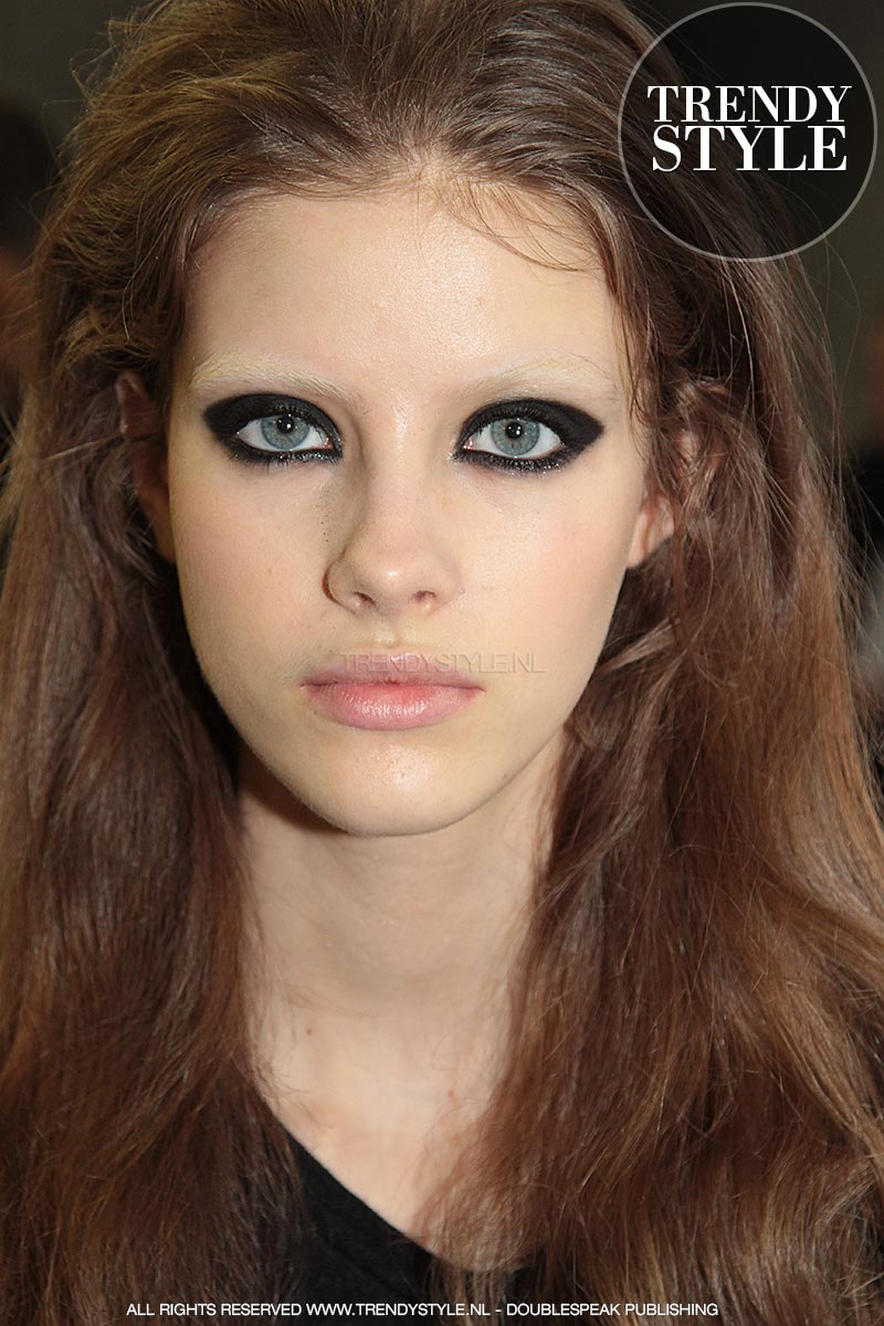 smokey-eyes-dsquared2-kendal-01