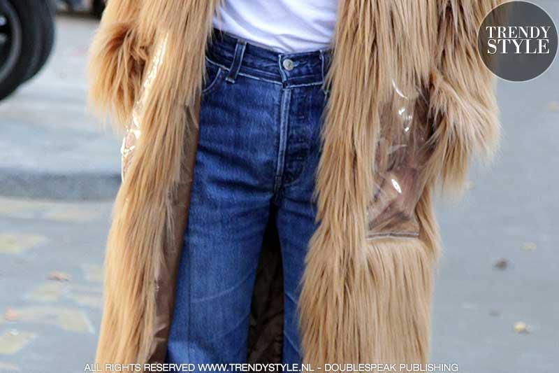 Skinny jeans draagt je met pumps