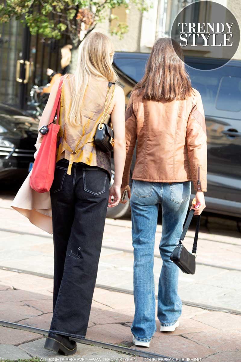 Spijkerbroekentrends winter 2020 2021. Streetstyle. Rechte spijkerbroeken