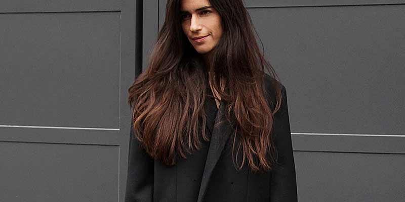 Street style vrouw herfst 2017, Stijlvol in spijkerbroek, ph. Charlotte Mesman
