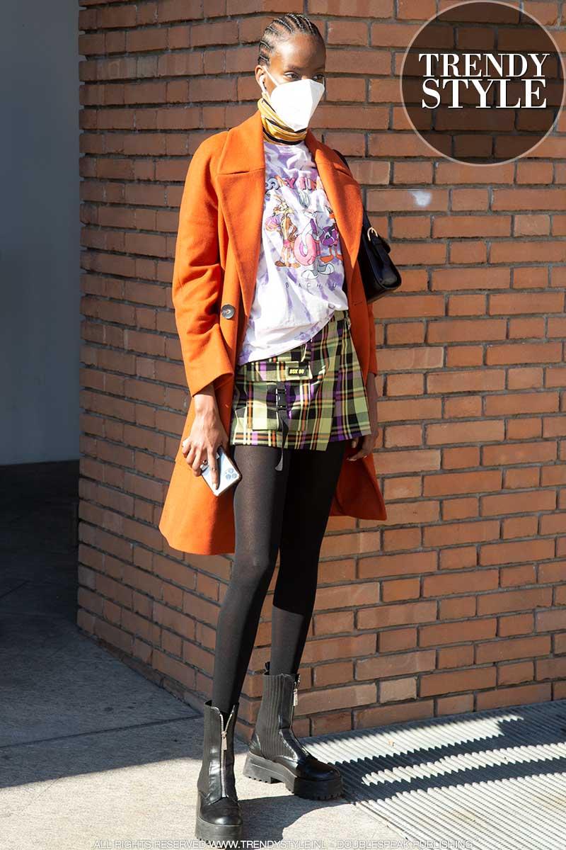Streetstyle mode 2021. Voorjaarlooks en modetrends 2021