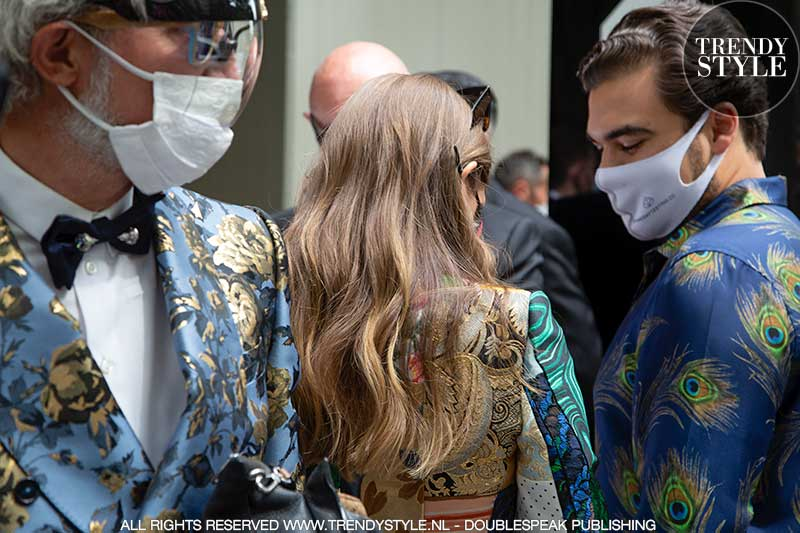 Streetstyle mode bij de Dolce & Gabbana zomer 2022 fashion show