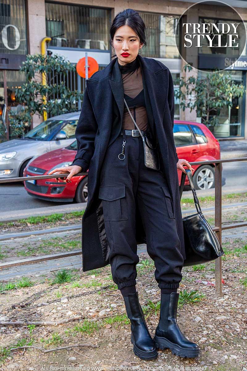 Modetrends winter 2020 2021. Total black look