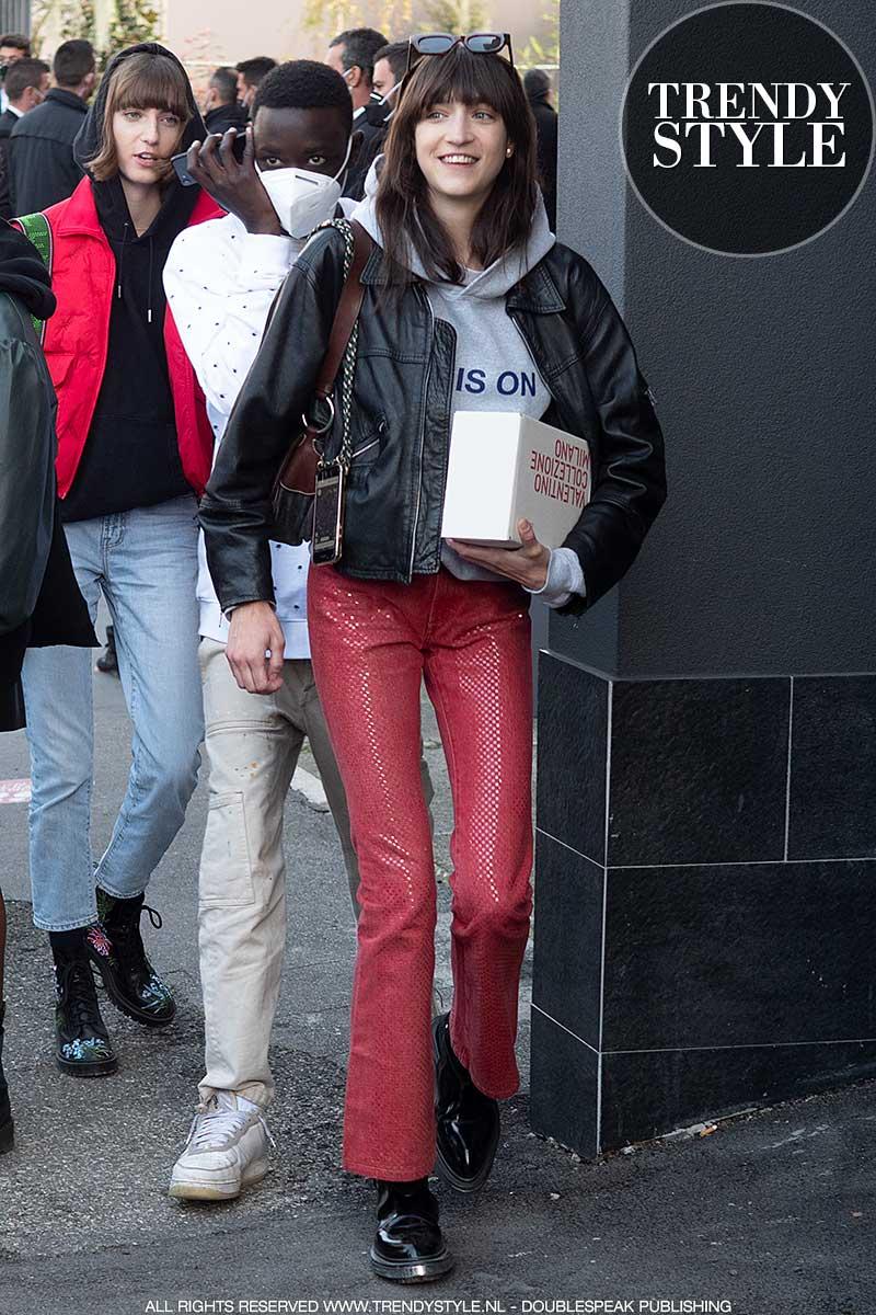 Streetstyle mode 2021. Leren jacks voor elke leeftijd