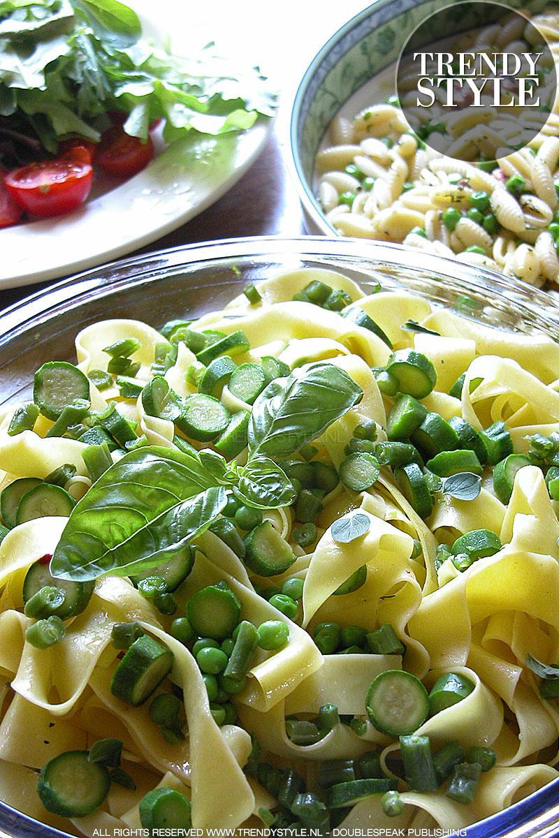 Zomerpasta met gekookte groenten