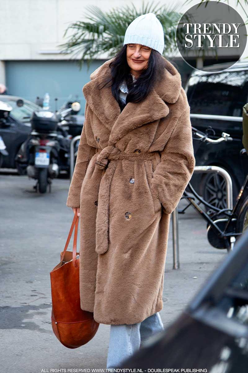 Streetstyle trends winter 2020 2021. Zò draag je die teddy jas