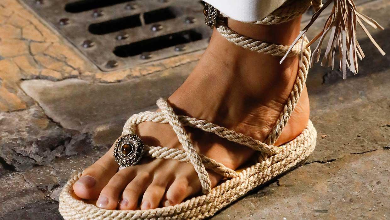 Modetrends lente zomer 2021. Trend alert: sandalen