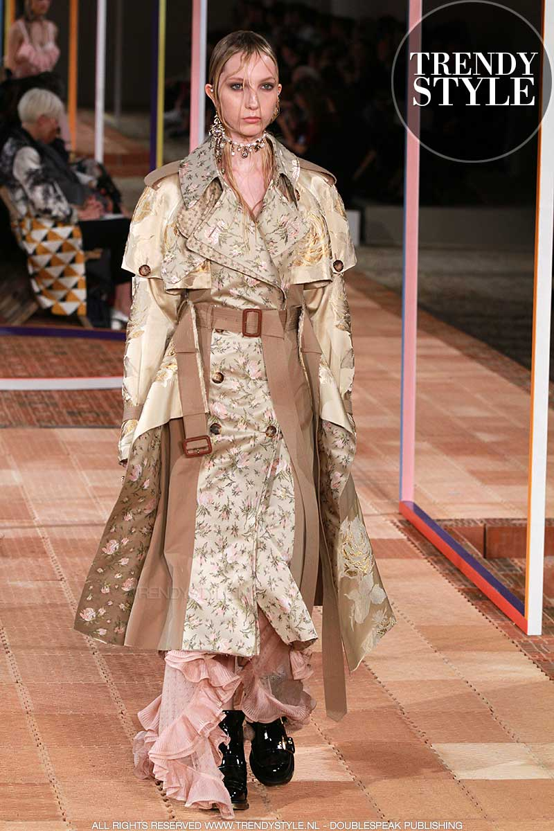 Mode trends zomer 2018. Trench coats.