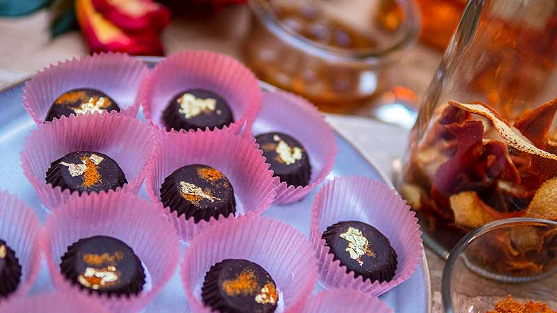 Eigengemaakte Valentijnsbonbons. Foto: Charlotte Mesman