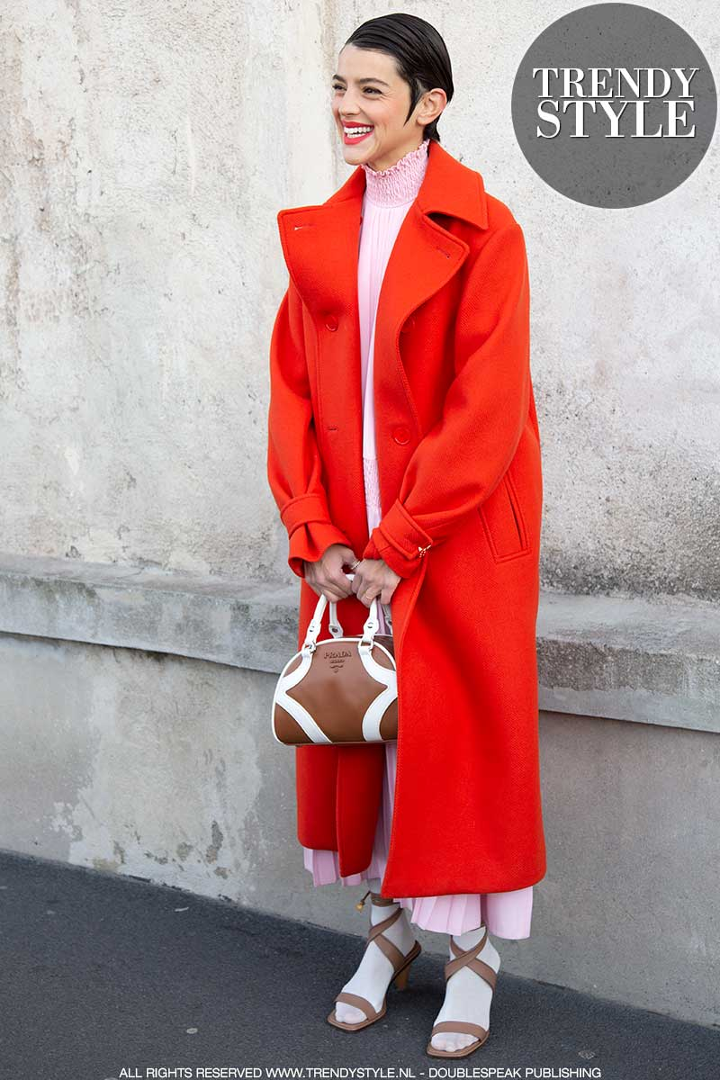 Modetrends zomer 2020. Drie stralende rode lippenstift looks