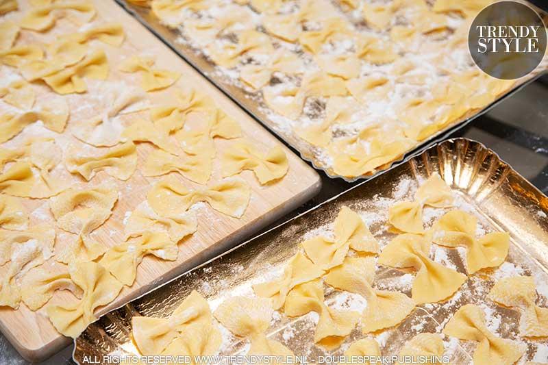 Vlinderpasta. Zelf pasta maken is leuk en lekker!