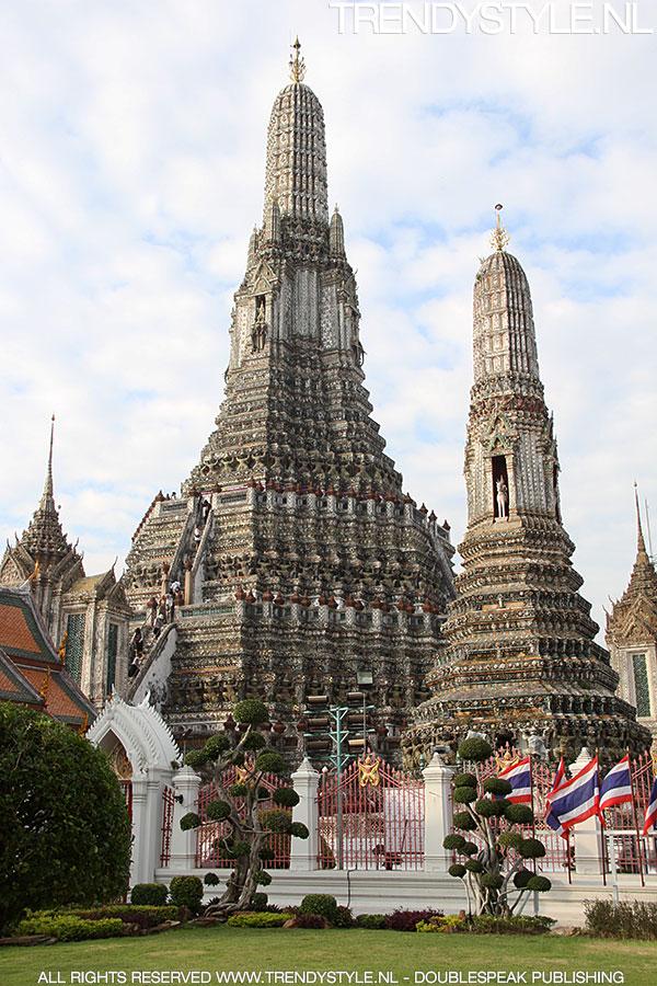 wat-arun-bangkok02