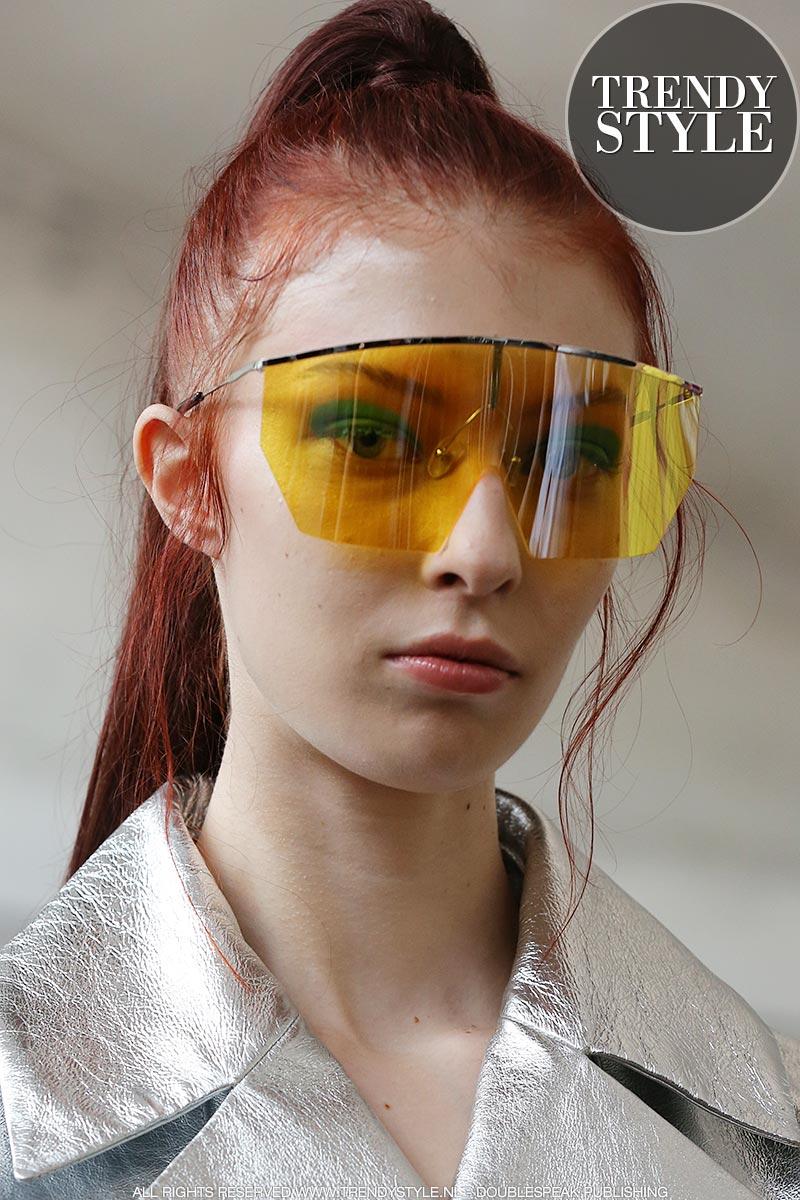 Zonnebrillen trends zomer 2019. Visor zonnebril
